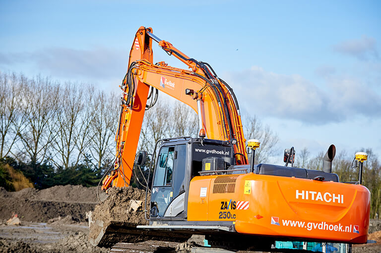 Hitachi 250 + Trimble GPS